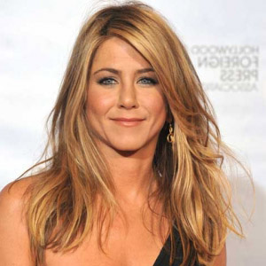 edad y altura de jennifer aniston